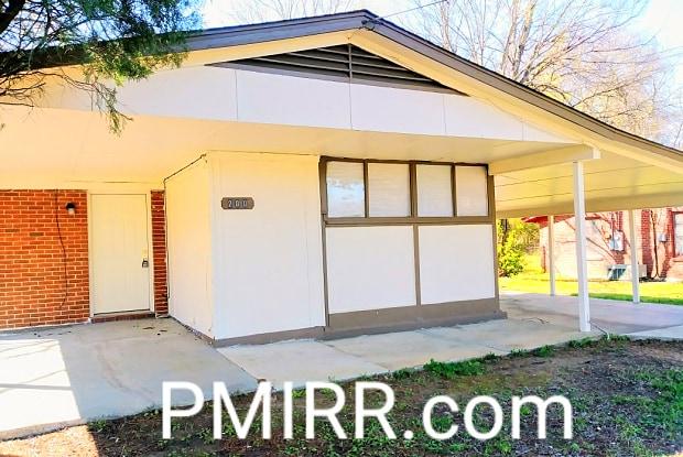 200 Kingswood Rd - 200 Kingswood Road, Montgomery, AL 36108