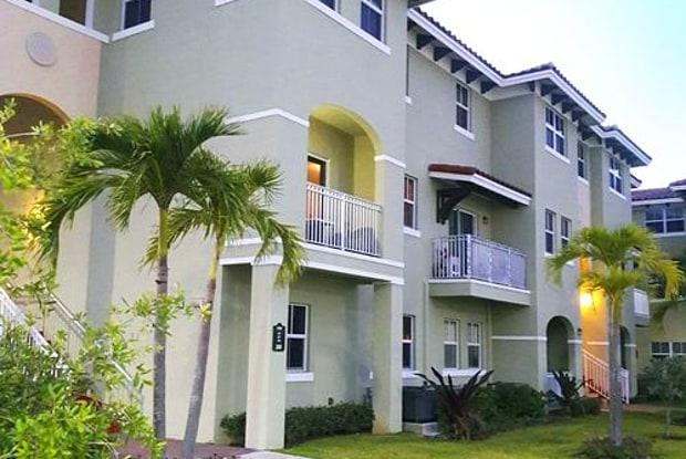 260 Northwest 109th Avenue - 260 NW 109th Ave, Fountainebleau, FL 33172