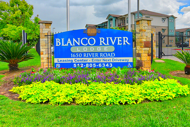 Blanco River Lodge - 1650 River Rd, San Marcos, TX 78666