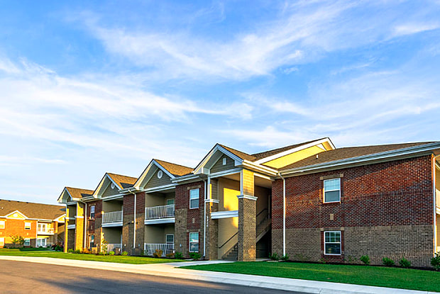 Valley Farms Apartment Homes - 10200 Renaissance Valley Way, Louisville, KY 40272