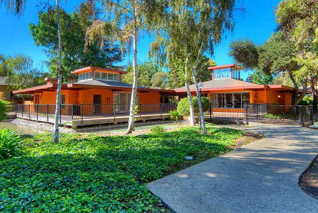 Laguna Clara - 3131 Homestead Rd, Santa Clara, CA 95051
