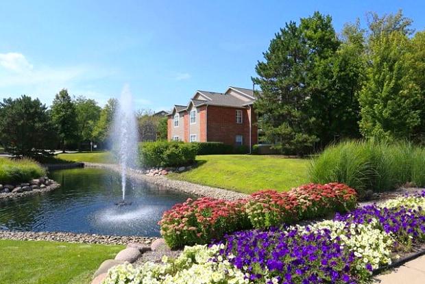 Green at Chevy Chase - 1701 Johnson Dr, Buffalo Grove, IL 60015