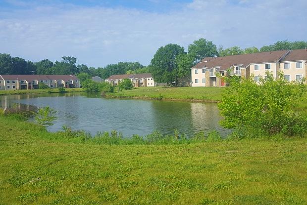 Twyckenham Apartments - 3200 Quarry Dr, Lafayette, IN 47909