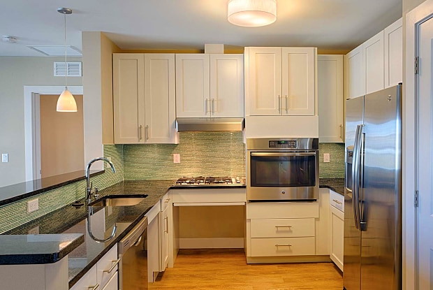 Axiom Apartment Homes - 33 Rogers Street, Cambridge, MA 02142