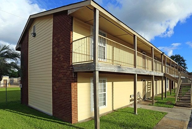 Hartford Commons - 3201 Eden St, Pascagoula, MS 39581
