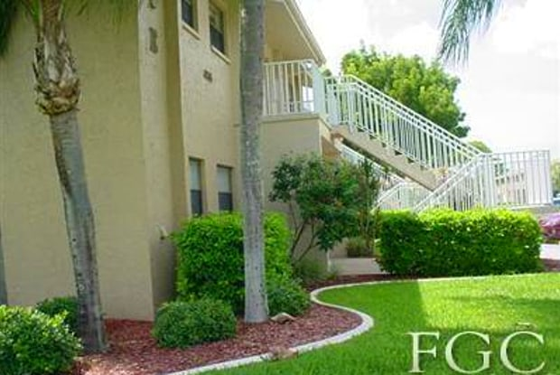 4789 Orange Grove BLVD - 4789 Orange Grove Boulevard, Lochmoor Waterway Estates, FL 33903