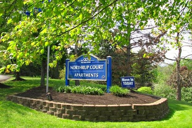 Northrup Court Apartments - 135 Fern Hollow Road, Coraopolis, PA 15108