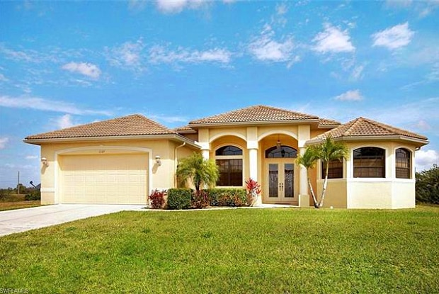 1127 NW 24th TER - 1127 Northwest 24th Terrace, Cape Coral, FL 33993