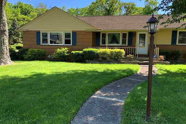882 TOWERVIEW RD - 882 Towerview Road, Erma, NJ 08204