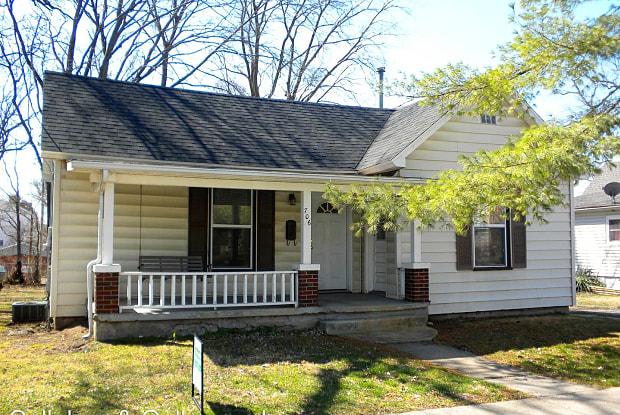 706 Lyon Street - 706 Lyon Street, Columbia, MO 65201