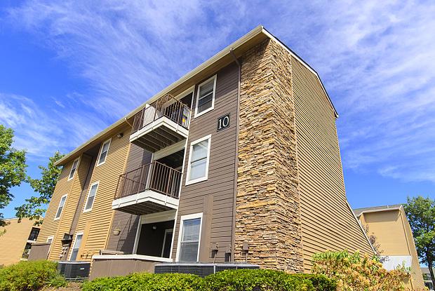 Veridian of Lexington - 2020 Armstrong Mill Rd, Lexington, KY 40515