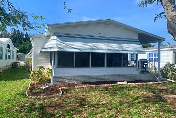 3564 Heritage Lakes BLVD - 3564 Heritage Lakes Boulevard, North Fort Myers, FL 33917