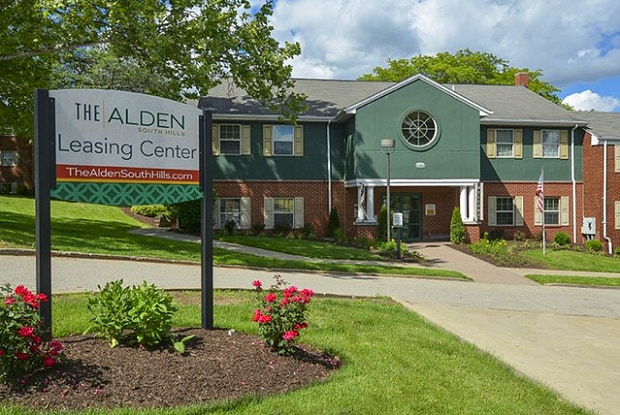 The Alden South Hills - 5492 Youngridge Dr, Pittsburgh, PA 15236