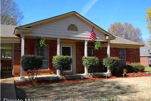 8365 Charleston - 8365 Charleston Drive, Southaven, MS 38671