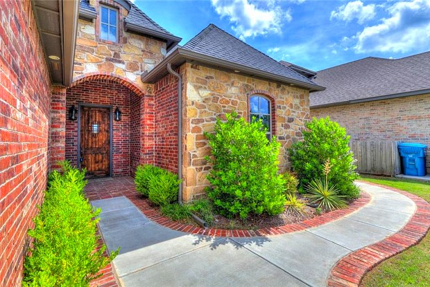 4724 Green Country Road - 4724 Green Country Rd, Edmond, OK 73034