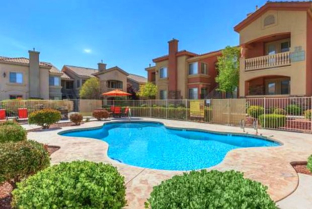 Coronado Bay Club Condo-Apartment Homes - 7600 S Jones Blvd, Enterprise, NV 89139
