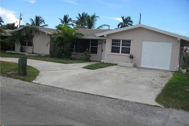 1596 SE 4th St - 1596 Southeast 4th Street, Deerfield Beach, FL 33441
