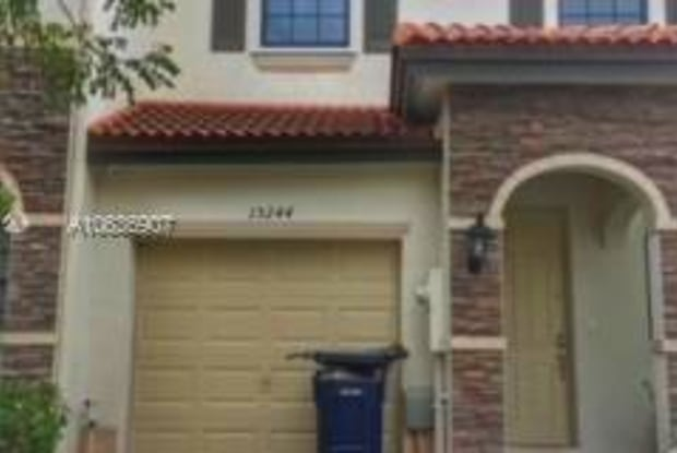 15244 SW 119th Ter - 15244 Southwest 119th Terrace, The Hammocks, FL 33196
