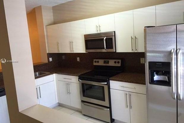 376 SW 122nd Ave - 376 Southwest 122nd Avenue, Pembroke Pines, FL 33025