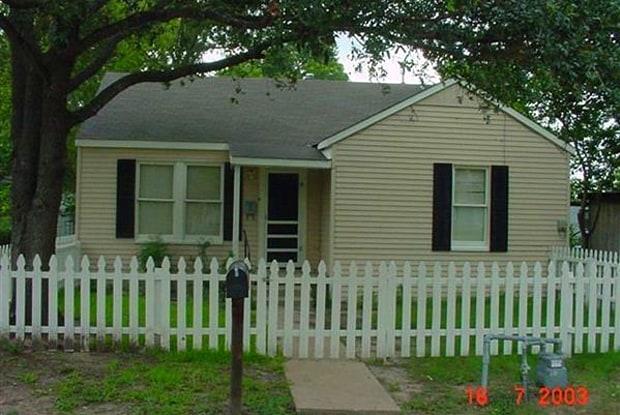 1010 Antone St - 1010 Antone Street, Bryan, TX 77803