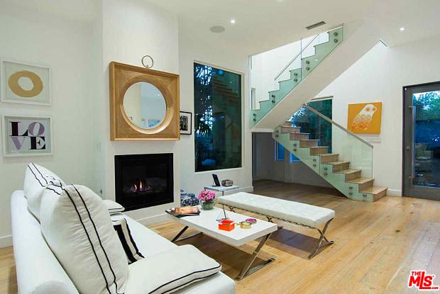 674 BROOKS Avenue - 674 E Brooks Ave, Los Angeles, CA 90291