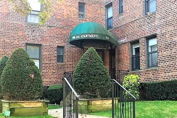 52-30 39th Ave - 52-30 39th Avenue, Queens, NY 11377