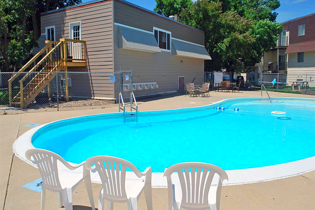 Taylors Place Apartments - 4213 E 12th St, Sioux Falls, SD 57103