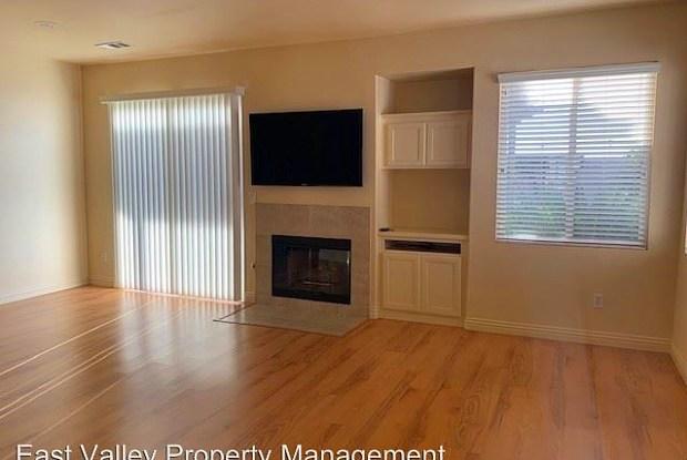 970 Cottonwood Drive - 970 Cottonwood Drive, Calimesa, CA 92320
