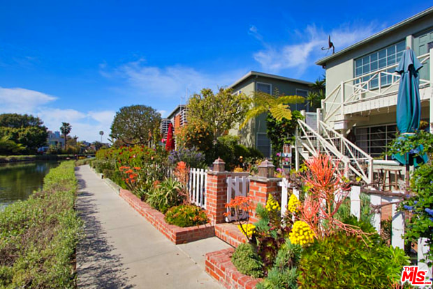 2918 GRAND CANAL - 2918 Grand Canal, Los Angeles, CA 90291