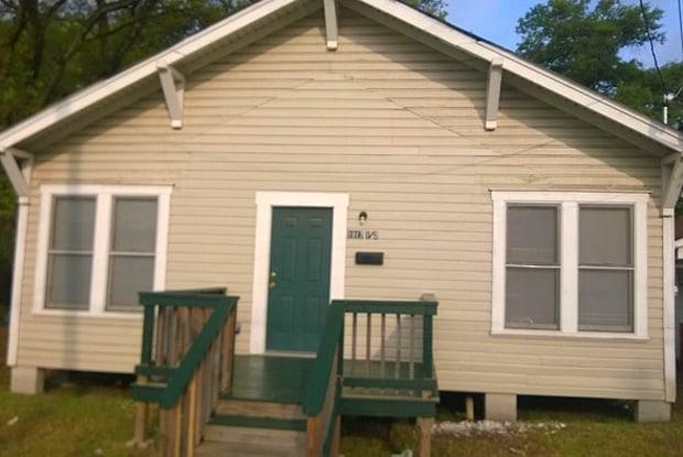 1917 Hill Street - 1917 Hill St, Lufkin, TX 75904