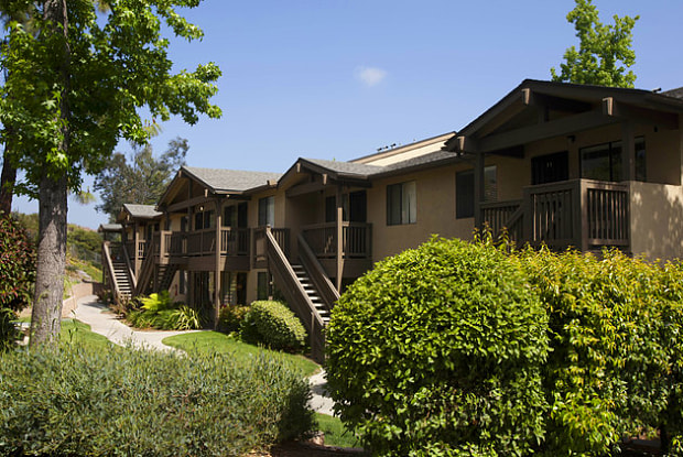 Elán Summit Apartment Homes - 2660 Alpine Blvd, Alpine, CA 91901