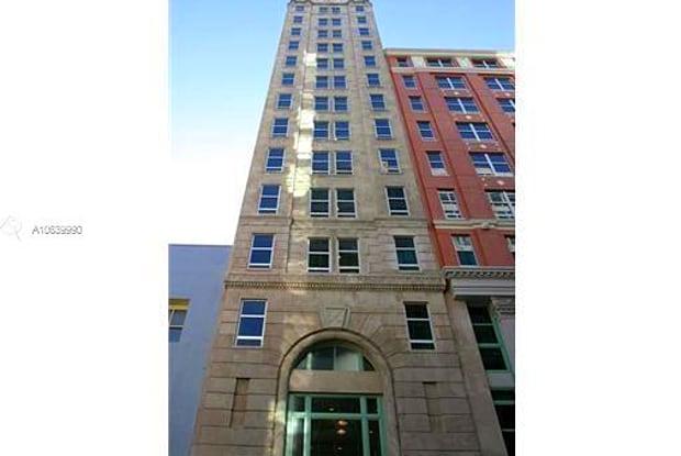 101 E FLAGLER ST - 101 East Flagler Street, Miami, FL 33131
