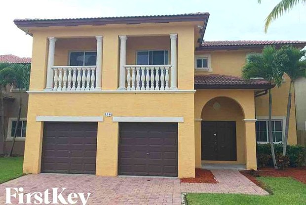 1340 Northeast 42nd Avenue - 1340 Northeast 42nd Avenue, Homestead, FL 33033