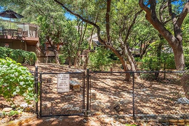 The Woods on Barton Skyway - 2901 Barton Skwy, Austin, TX 78746