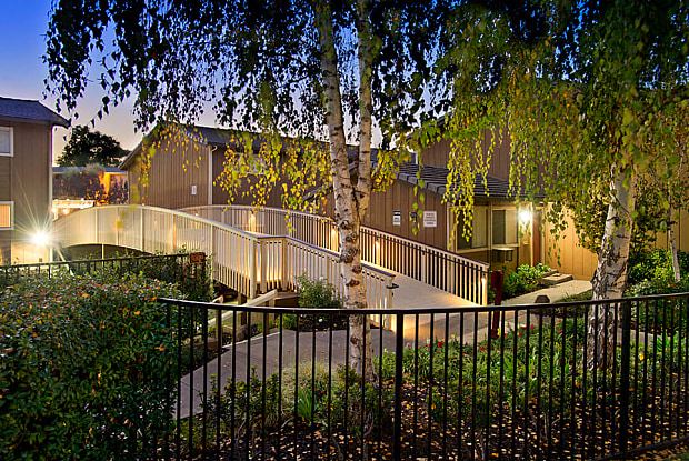 Shadow Oaks - 202 Calvert Dr, San Jose, CA 95014