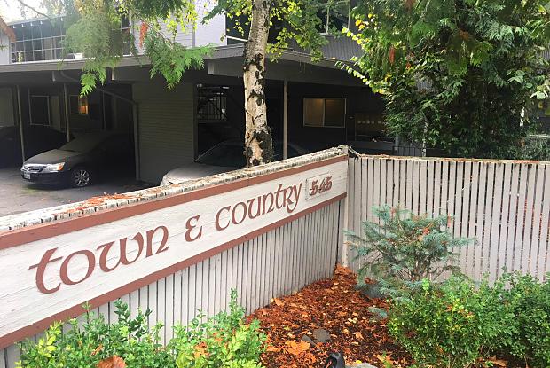 Town & Country - 545 Bellevue Way SE, Bellevue, WA 98004