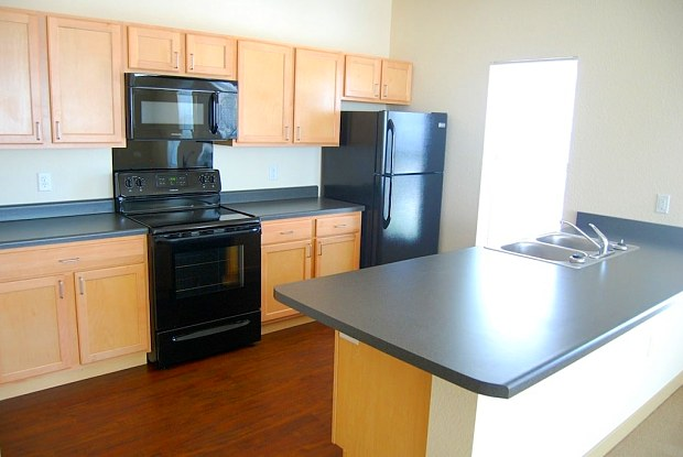 Metro Lofts - 100 2nd Ave, Des Moines, IA 50309