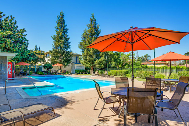 Los Gatos Creek - 1029 Meridian Ave, San Jose, CA 95125