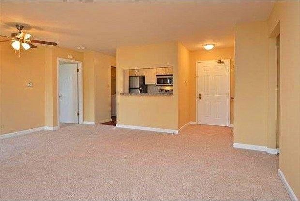 Residence at the Links - 1245 Fordham Dr, Glendale Heights, IL 60139