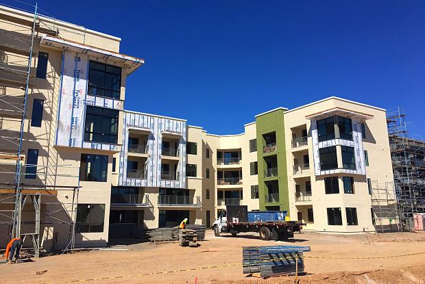 View 32 Apartments - 10801 North 32nd Street, Phoenix, AZ 85028
