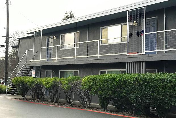 462 Hendley St. - 2 - 462 Hendley Street, Santa Rosa, CA 95404