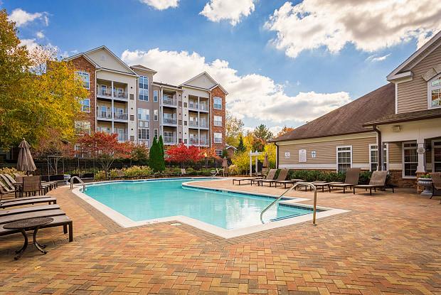 Park Place at Van Dorn - 6001 Archstone Way, Alexandria, VA 22310