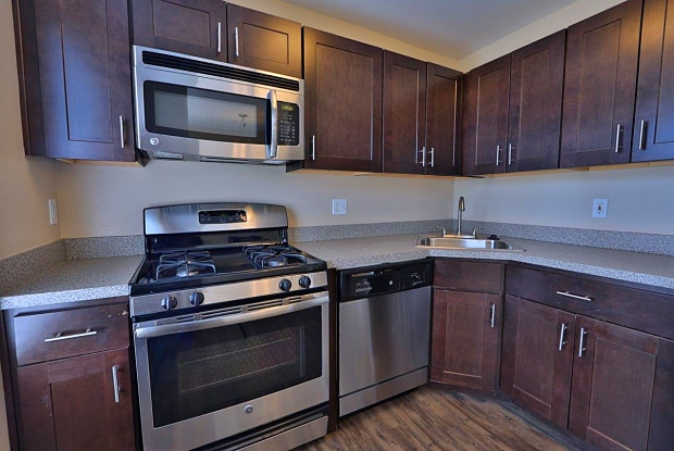 Orchard Meadows Apartment Homes - 3421 Sonia Trail, Ellicott City, MD 21043