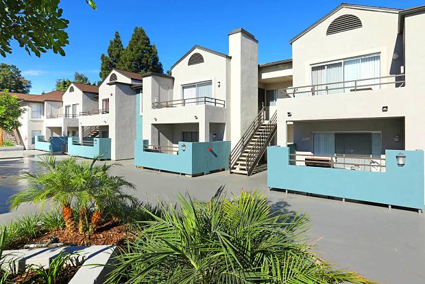 Avanti - 650 W Broadway, Anaheim, CA 92805