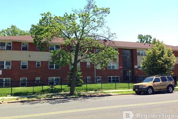 415 Jefferson Avenue E - 415 County Road 637, Elizabeth, NJ 07201