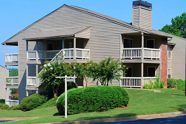 Wood Creek Apartments - 600 Old Holcomb Bridge Rd, Roswell, GA 30076