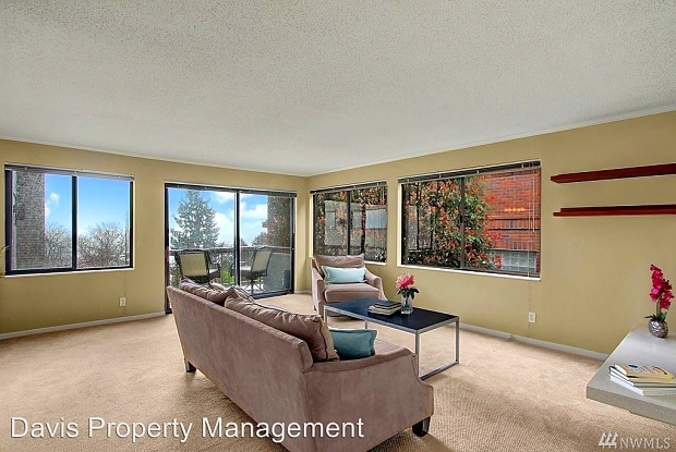 654 W Olympic PL, Unit #I-301 - 654 West Olympic Place, Seattle, WA 98119