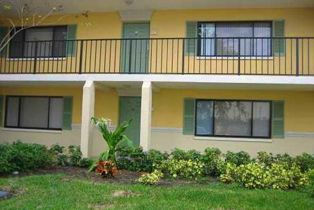 615 Meadows Circle - 615 Meadows Circle, Boynton Beach, FL 33436