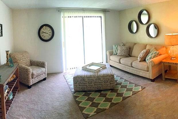 Taravue Park Apartments - 3975 Taravue Ln, Mehlville, MO 63125