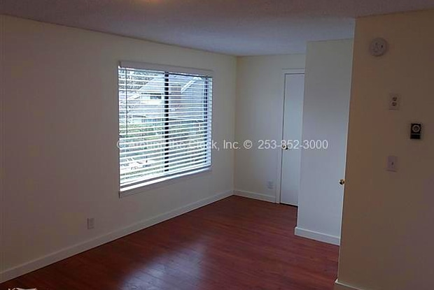 2440 140th Avenue North East - 2440 140th Avenue Northeast, Bellevue, WA 98005